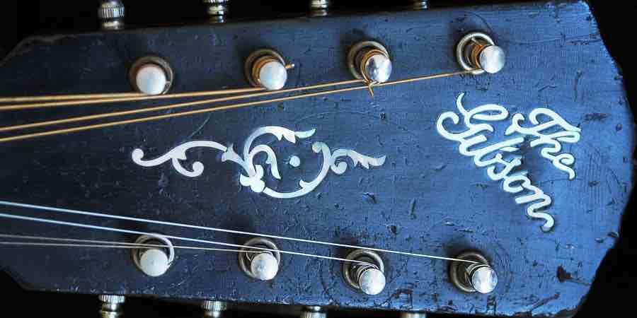 Afinador de mandolina. Mandolinas Gibson, mandolina electroacustica, acordes de mandolina de 8 cuerdas, musica de mandolina